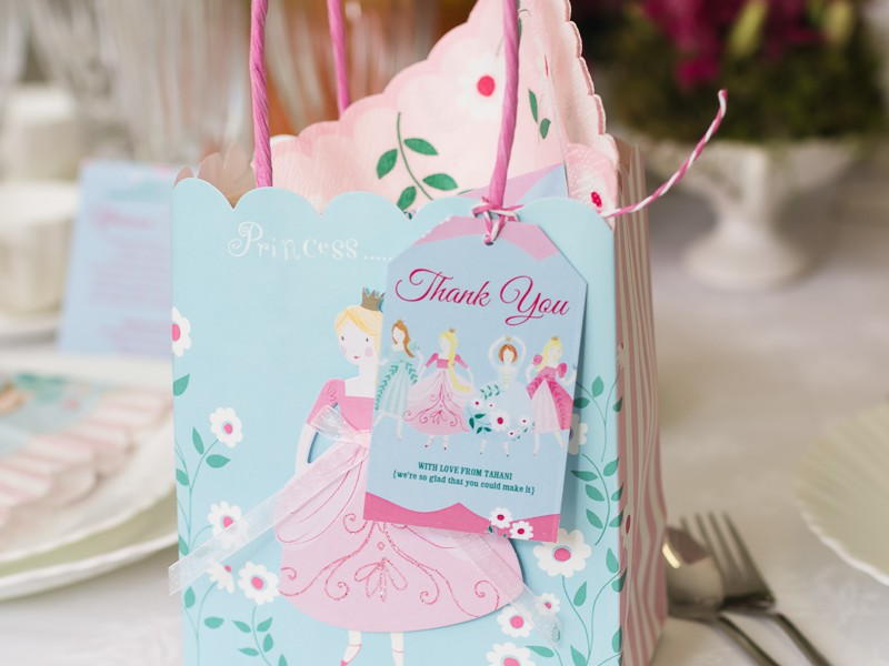 Plan Your Own 'I'm a Princess' Party using FREE printables!